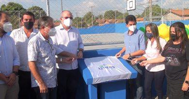 Prefeito Cicin e Deputado Hildo Rocha inauguram ginásio poliesportivo, em Estreito